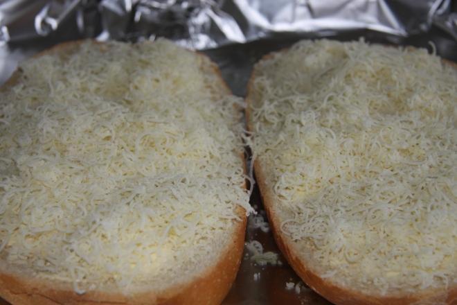 Garlic Bread In 3 Easy Ways 018