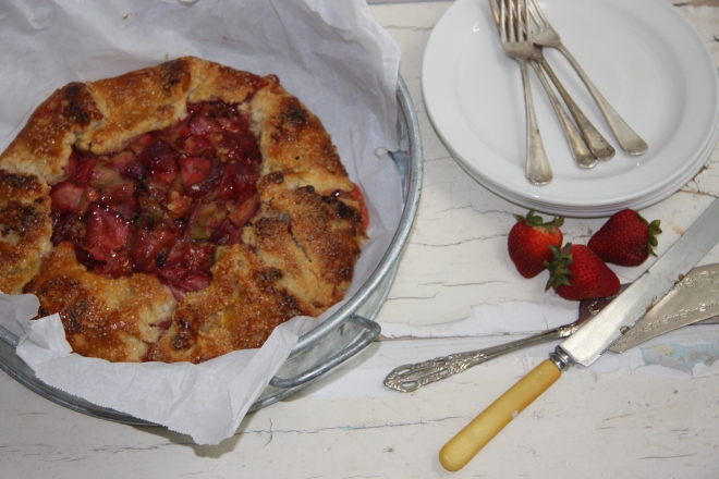 Rustic Strawberry Rhubarb Tart 014