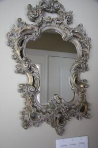 mirror 003